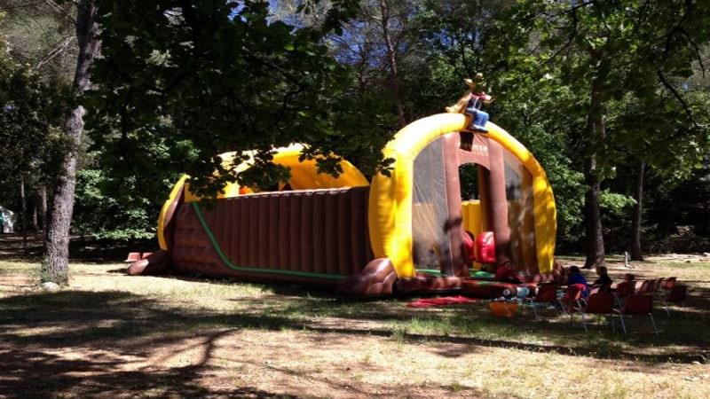 Toboggan gonflable Mega saloon
