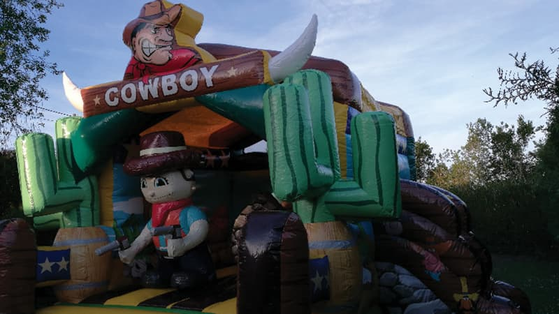 Location chateau gonflable Combo Cowboy